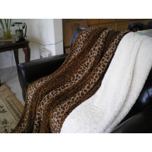 Super Soft Queen Faux Fur Bedspread / Throw &#8211; Leopard